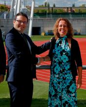 Ana Muñoz (Vicepresidenta de Asuntos de Integridad de la RFEF) y Juan Espenisa (Director General de la DGOJ)